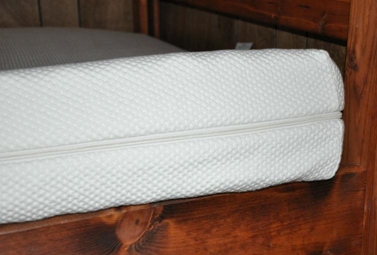 """6"""" organic mattress from Essentia"""