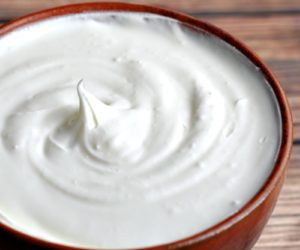 How to Make Cultured Homemade Sour Cream