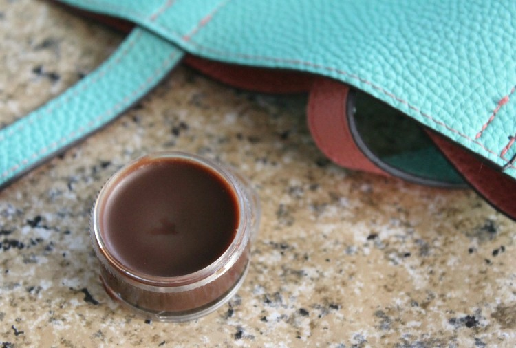 Do you love chocolate as much as me? Then you'll love this yummy, all-natural DIY Chocolate Lip Balm tuturial. It's super easy and makes a great gift!