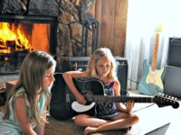Online Guitar Lessons for Homeschoolers with Fender