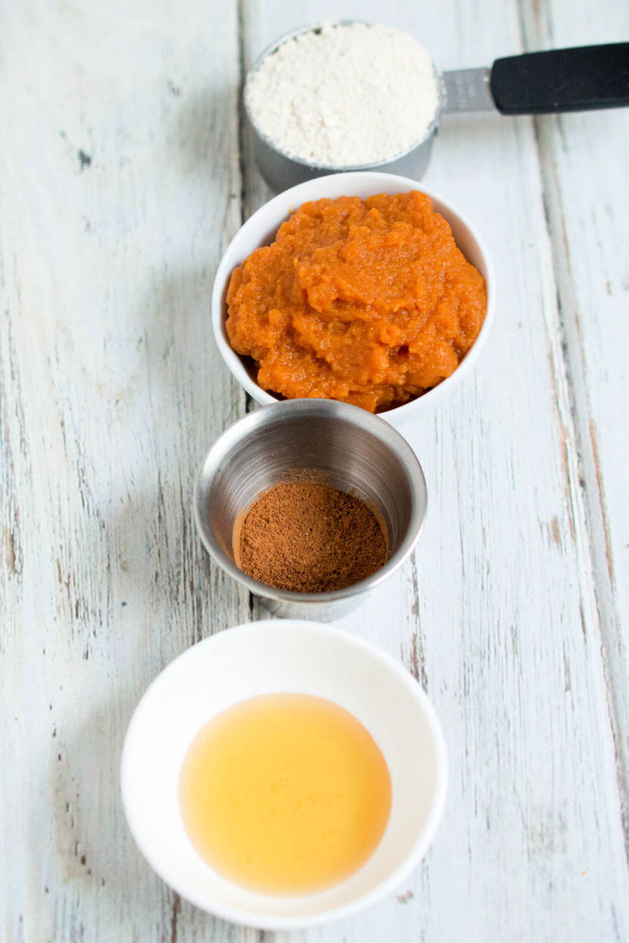 Are you looking for a face mask recipe for brighter, tighter skin? This DIY Pumpkin Face Mask has ingredients that improve the overall appearance of skin.