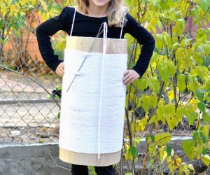 How to Make a DIY Needle and Thread Halloween #Boxtume