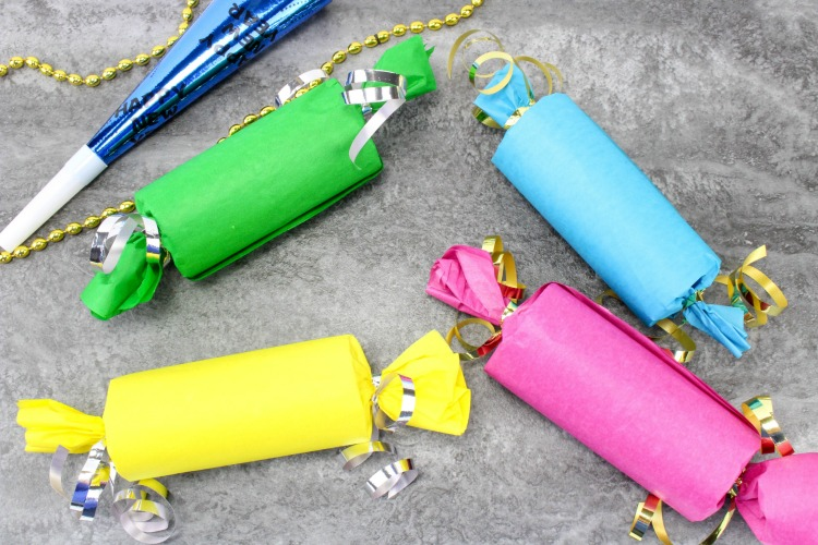 Are your kids excited to stay up until midnight for New Year's Eve? Make it even more special with this DIY Party Poppers craft for kids.