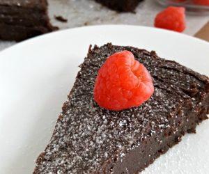 The Best Gluten Free Flourless Chocolate Torte Recipe