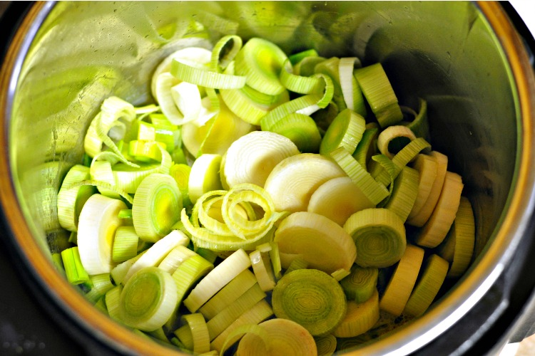 Leeks, butter and garlic in the Instant Pot