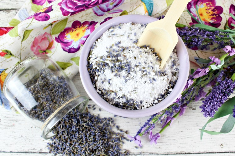 Do you want to relax in a tub of homemade lavender bath salts? Learn how to make the best DIY lavender bath salts recipe.