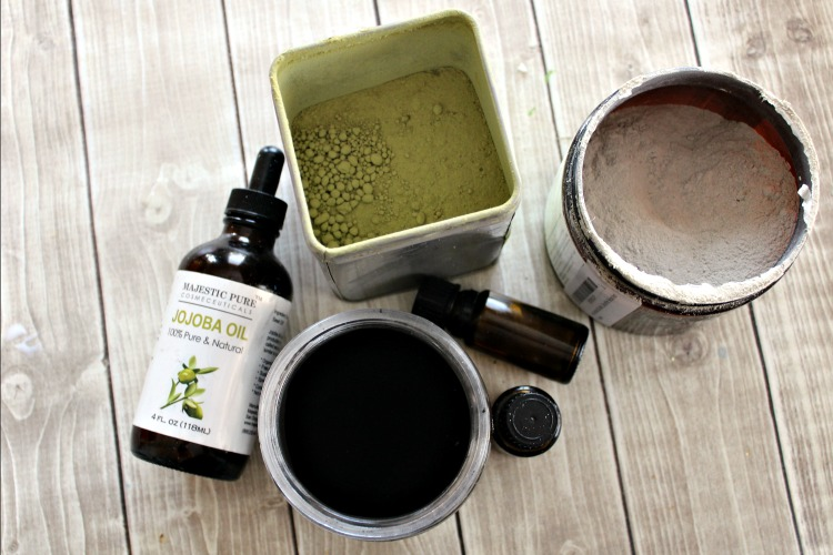 Activated charcoal face mask ingredients