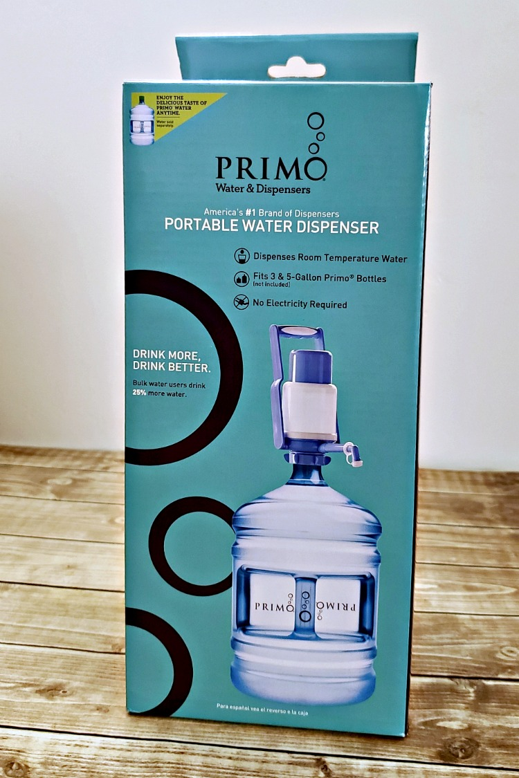 Primo manual pump still in the box on a table