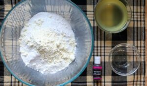 Ready to add coconut oil to dry bath bomb ingredients